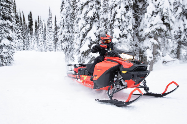 Ski-Doo Expedition